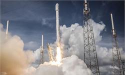 重磅!<em>SpaceX</em>助美国机密卫星发射成功 2018年预计每两周发射一次火箭