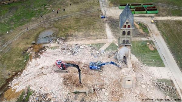德国一教堂遭拆除