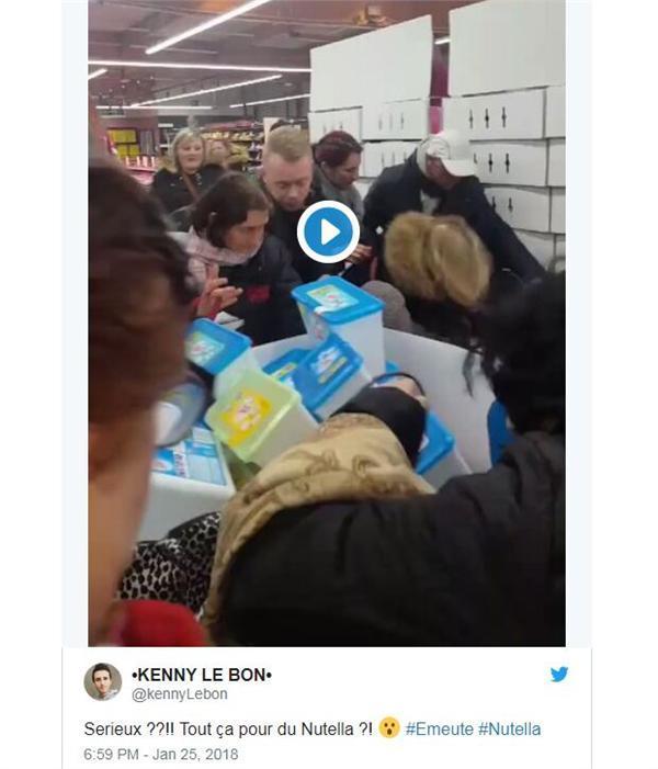 法国超市暴力抢购