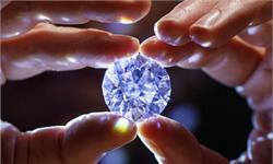 晶莹剔透!这颗最完美无瑕的白色钻石重100克拉 拍卖价将超3300万美元