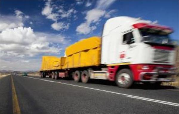 2017年公路货运行业分析 同城快递年增速超25% 跑腿市场空间巨大