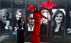 不分男女!沙特电影院开张 看的第一场电影居然是漫威《黑豹》