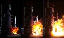 """""""鹊桥""""号月球背面中继卫星今晨成功发射"""