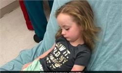 怪事!女童瘫痪原因成谜 母亲在其头发里发现一只昆虫后惊呆了