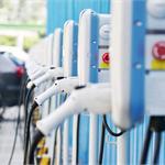 电动汽车充电桩发展前景 建立车-桩-网互动模式