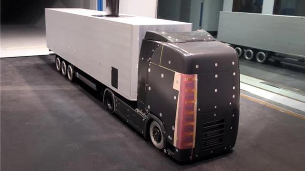 """想让卡车像飞机一样""""御风而行""""?这有个好主意:利用高压电"""