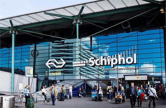 意外?荷兰机场技术故障 世界第三大繁忙机场瘫痪一小时