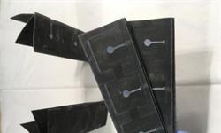 科学家研发纸基生物电池廉价又便携 还可用于医疗诊断