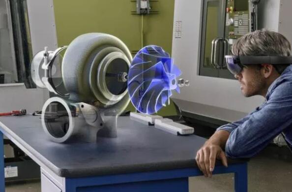 AR/VR是否冲击2D平面设计?工业设计表示3D操作太难反而精度不够