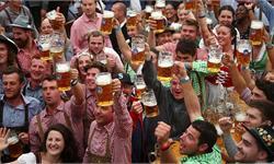 狂欢畅饮!慕尼黑啤酒节开幕:预计迎来600万游客 啤酒价格顺势飞涨