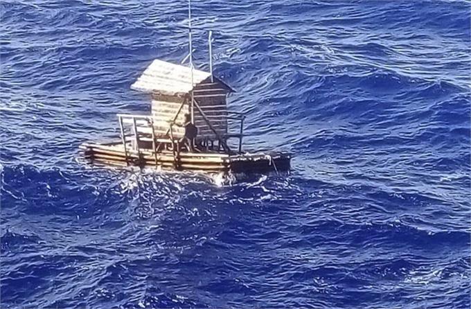 少年海上漂流49天