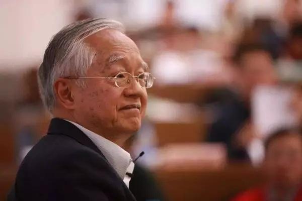 吴敬琏和他的市场精神