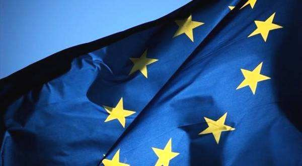 欧盟委员会:内外部风险积累令欧盟经济承压