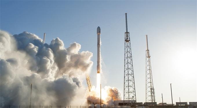 "NASA""亲儿子"":SpaceX猎鹰9号火箭获得NASA的LSP三类认证"