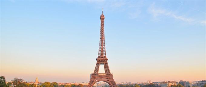 突发!法国总理宣布:非欧盟留学生学费上涨16倍
