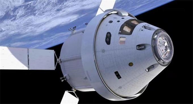 """""""猎户座""""宇宙飞船:阿波罗计划后首次载人冲出地球"""