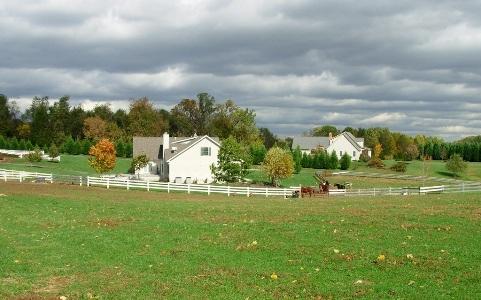 特朗普坑惨美国农民,中西部至少有84家农场申请破产