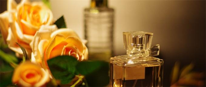 数字化香气?马来西亚研究人员称用电极制造出了果香、木香和薄荷味