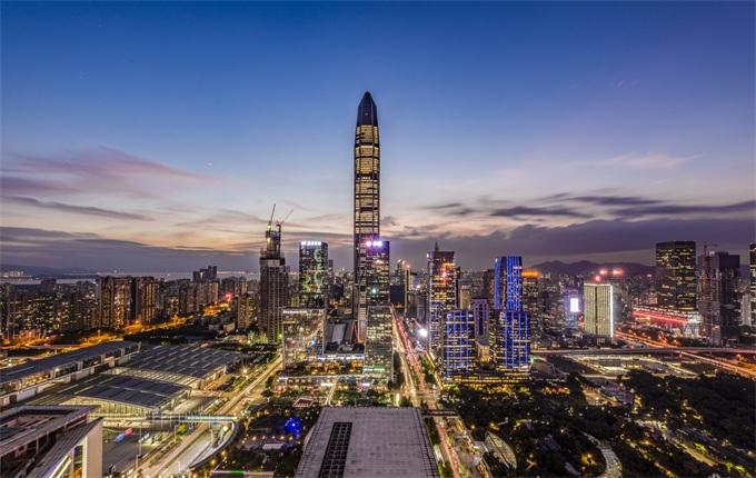 2018房地产行业报告(上):调控、抢人、跨界升级 百强房企品牌成长力PK