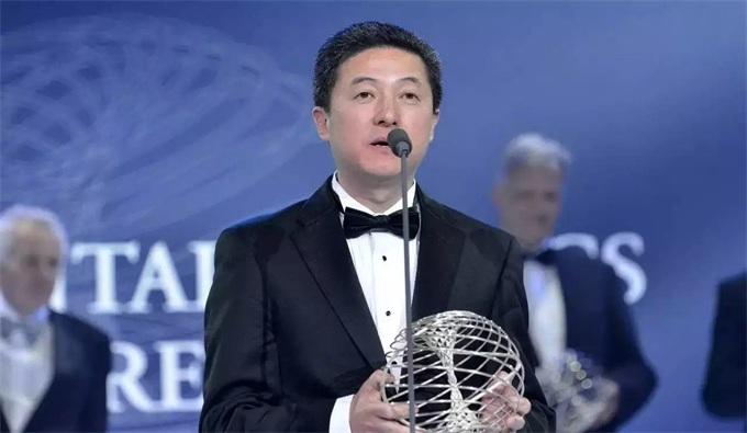 华人科学天才陨落:成就媲美杨振宁,信仰投资区块链