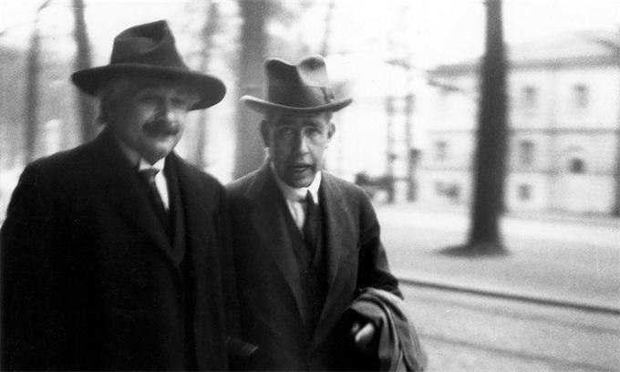 一场持续了91年的争论:到底应该如何解释量子力学?