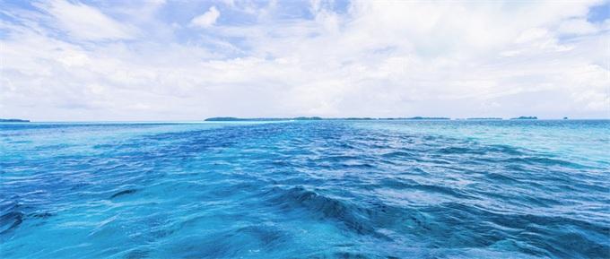 """如虎添翼!深海一号下水 将成""""蛟龙号""""专用母船共同探索海底世界"""