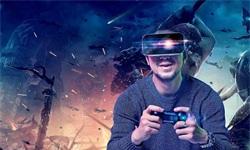 <em>VR</em>行业分析:发展四道坎待解,深度融合行业打造多元化场景