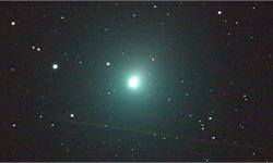 夜空中的幽幽绿色:20年来距离地球最近的彗星