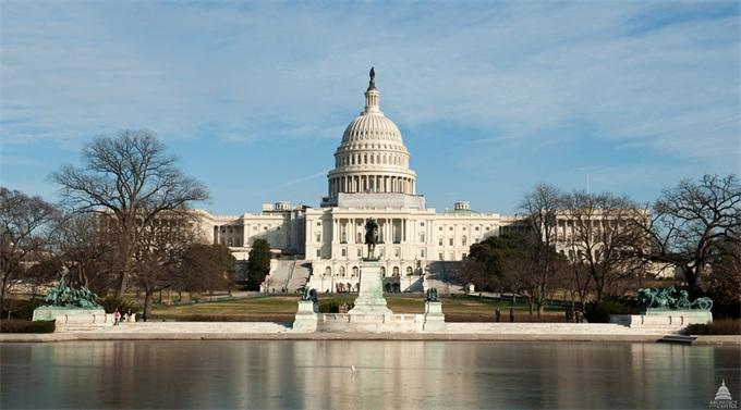 美国政府正式关门