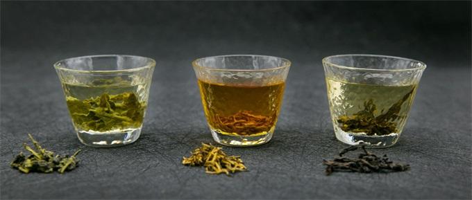 """""""小罐茶""""勇争""""年度智商税产品"""" 大师每日炒茶竟超过半吨?"""