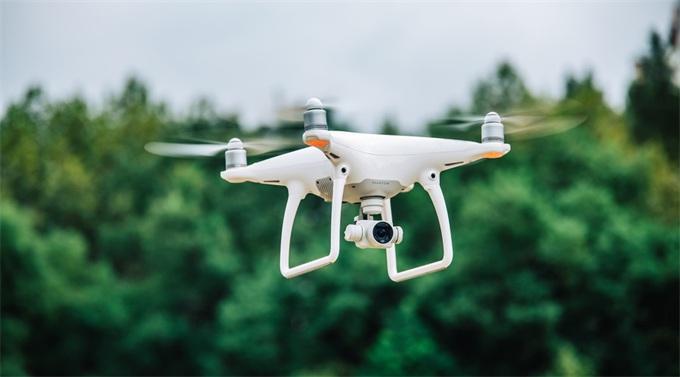 28.5万架已登记注册!民航局:将开展基于运行风险的无人机适航审定