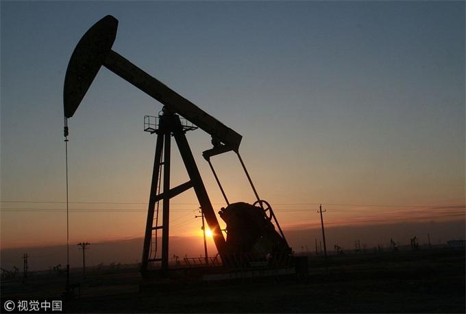 全球经济放缓+石油市场供过于求,沙特会单独减产撑油价吗?
