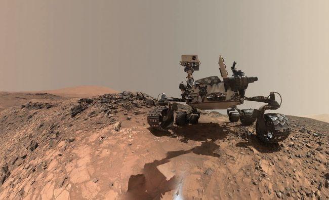 """都在火星上,为什么好奇号不能去""""营救""""一下机遇号呢?"""