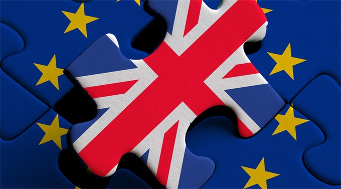 调查称六分之一英民众囤货准备应对脱欧 三分之一已减少外出休闲开支