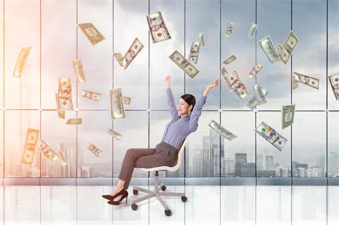 解锁女性理财能量:经济实力提升 剁手跟投资两不误