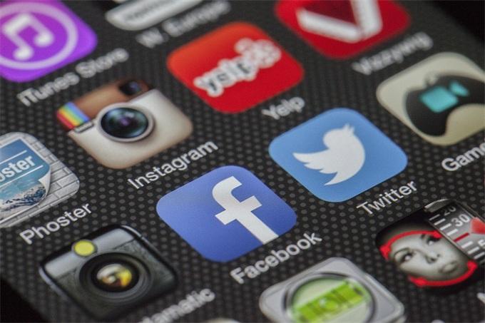 欧洲通过争议满满的网络版权改革法案 国外网友直呼gif表情包都不敢发了