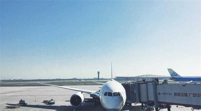 又是波音!美联航航班返航因波音777引擎故障 此前787亦被停飞