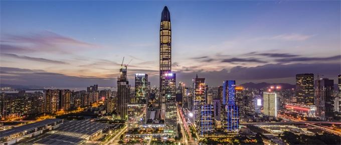 知名经济学家称地球的经济中心在深圳?网友调侃:太不给硅谷面子了