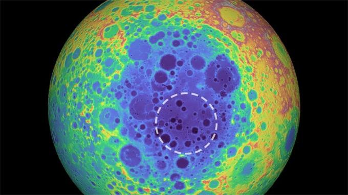 位于月球南极的小行星坟墓——一颗古老小行星的长