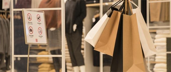 进口中国服装贴韩国制造 伪装原创翻7倍高价卖出