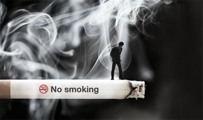 """能戒就戒了吧!泰国规定在家抽烟列入""""家暴"""" 或遭刑事检控及强制戒烟"""