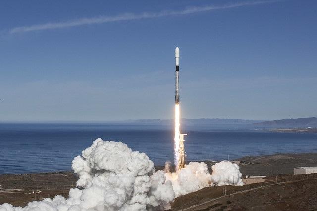 还不够!SpaceX计划在今年内重复使用一枚一级推进器5次