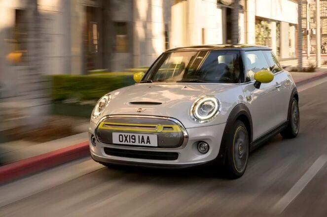 宝马发布首款纯电动Mini:续航里程仅235公里,售价24400英镑