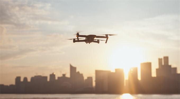 FAA推出B4UFLY更新版 带有无人机交互式地图