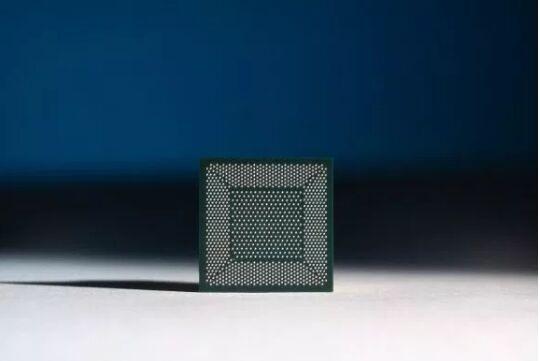 英特尔发明超级计算机 64个Loihi芯片速度快1000倍