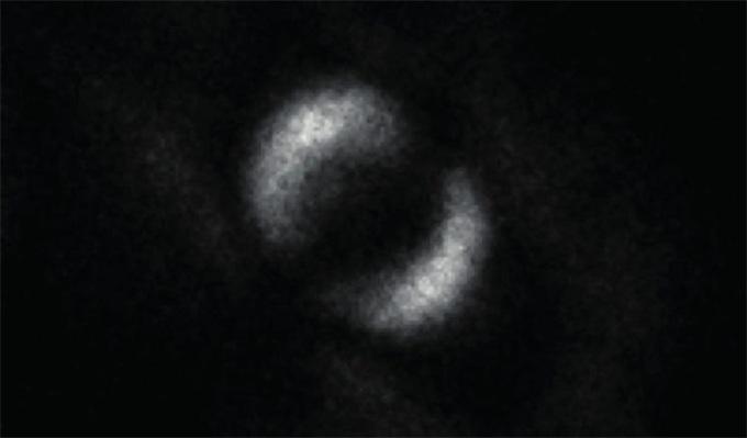 量子纠缠照片首次曝光 两个微小粒子可被配对和分离