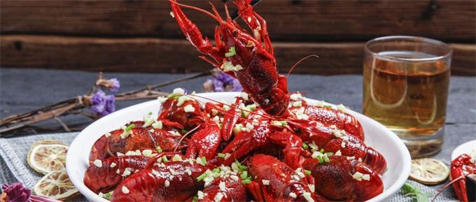 吃货笑了!小龙虾价格跳水35% 今年夏天你实现小龙虾自由了吗?