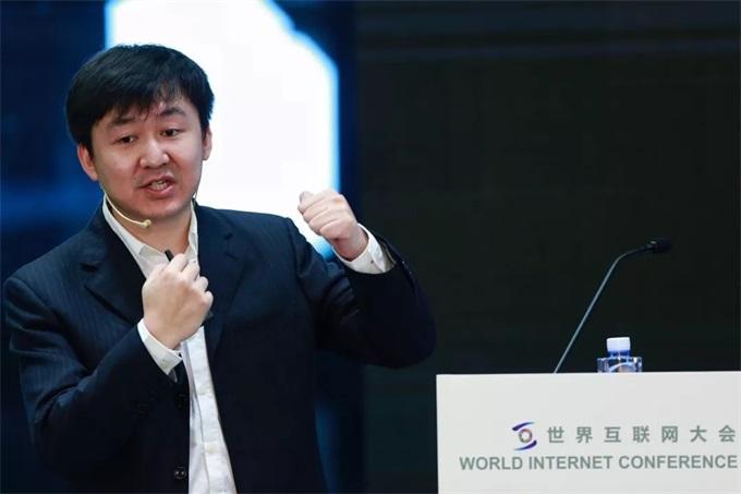 王小川:生物学规律重塑了我的管理认知