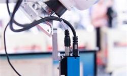 2019年中国传感器行业市场竞争格局及发展前景 智能传感器将成为企业未来布局重点