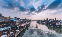 2019年中国<em>乡村</em><em>旅游</em>业市场现状及发展趋势分析 加快产业提档升级适度合理科学开发